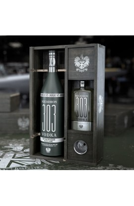 Coffret Vodka squadron 303 Flying flask